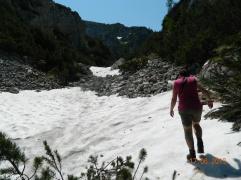das erste Schneefeld